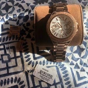 Michael Kors MK5636 women's watch - rose gold
